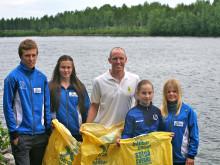 Ungdomar städar Klarälvens stränder