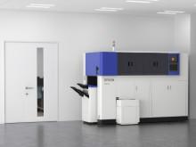Verdens første kontorsystem som lager nytt papir av papiravfall