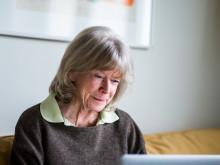 TV4 intervjuar Kerstin Wolgers, 82, som ska lära sig internet på en vecka