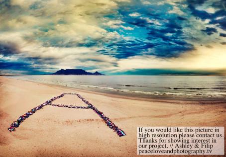 Peace Love and Photogr...