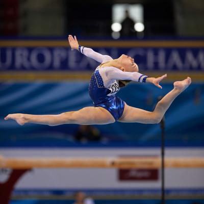 Lovisa Estberg i bom- och friståendefinal och Emma Larsson i final i bom i World Challenge Cup