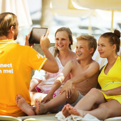 Internettet på overarbejde på familien Danmarks solferie