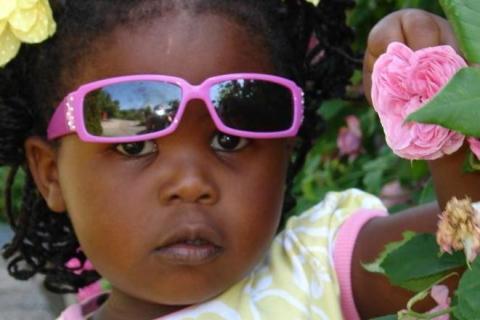 Debatt: Adoptionsbidraget måste höjas!