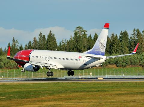Norwegian LN-DYH