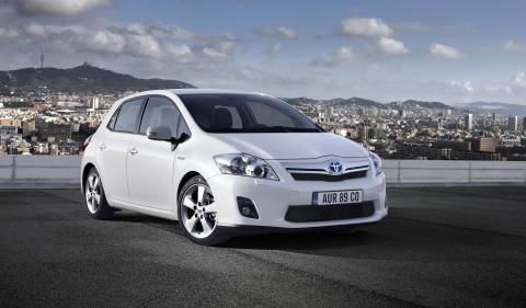 Toyota startar produktion av liten hybridmodell i Frankrike