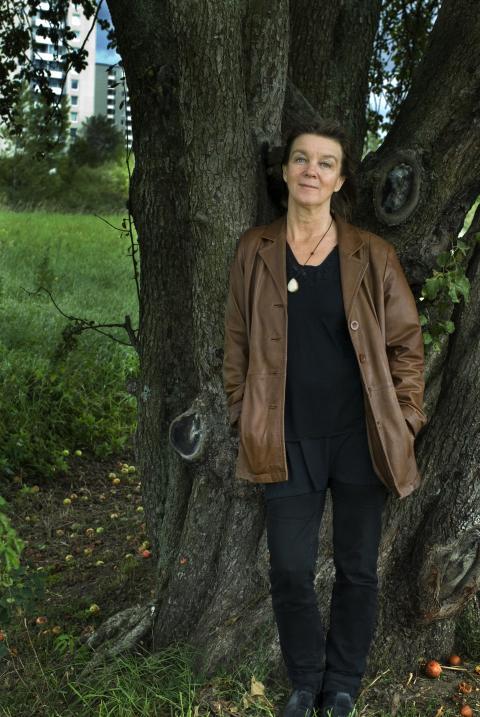 """Från """"Hohaj"""" till """"Hitta hem"""" - möt författaren Elisabeth Rynell"""