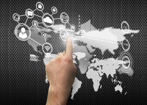 Vilka möjligheter och hot finns med den allt mer digitala och mobila värld vi lever i?