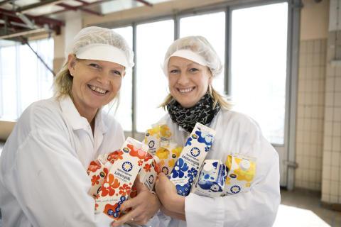Marie Tiljander, Annika Mohlin med famnen full av mjölk