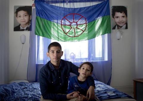 Muri Romani Familja. Foto på Dusan och hans lillebror.