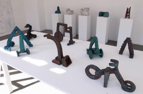 En vecka kvar: Elisabet Svensson ställer ut keramiska skulpturer på blås&knåda