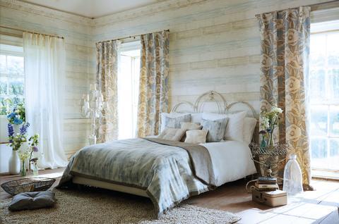 Tapet i tr imitation med vintagek nsla midbec for Bedroom wallpaper designs uk