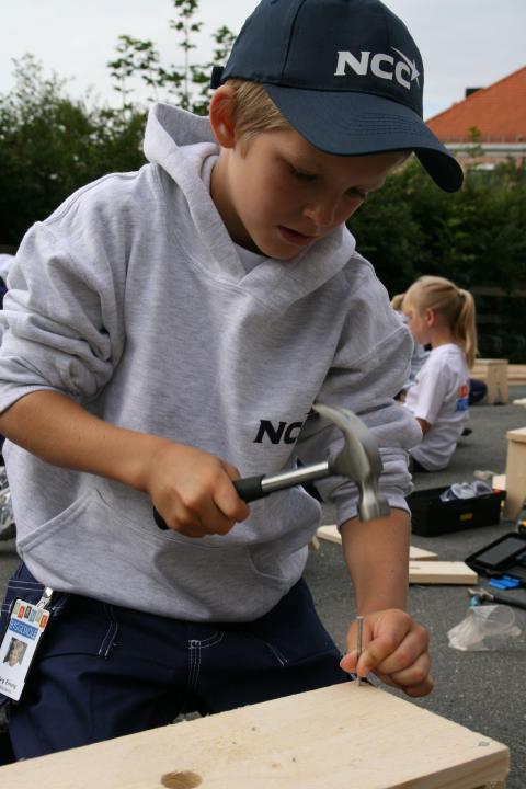 Gapahuk for 40 barn til Berg skole