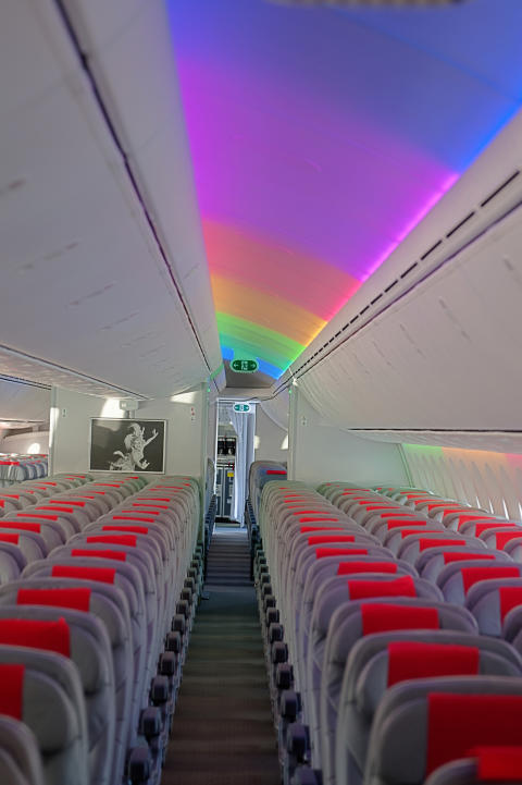 787 dreamliner interior norwegian for Interior 787 dreamliner