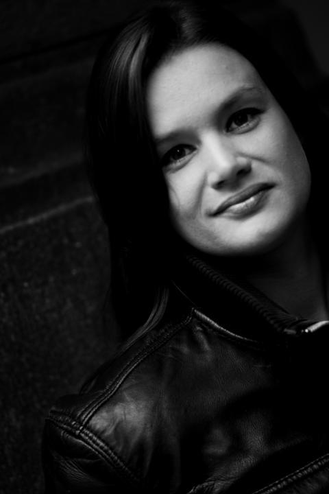 PRESSEMELDING: Sokneprest Alfred Andersson-Rysst fond til forfattar Ruth Lillegraven