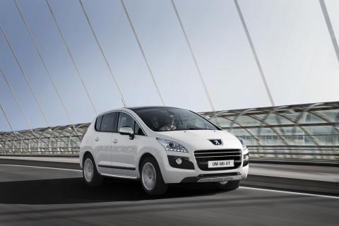 Peugeot på bilsalongen i Frankfurt 2011: Världspremiär för 508 RXH och laddhybriden HX1