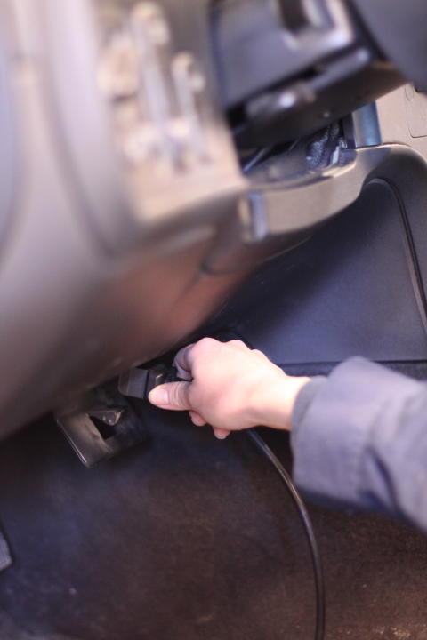 Fyra av tio bilar har begynnande fel i elektroniken