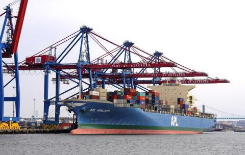 Starka globala handelsflöden – svagare inom Europa