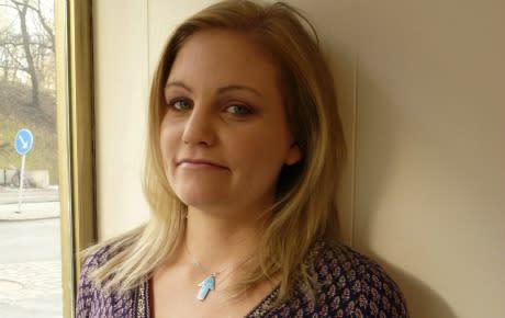 Rädslan växer efter ung kvinnas död i endometrios