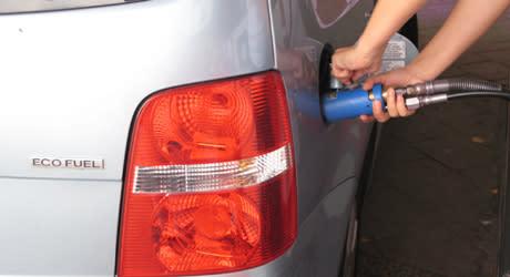 Fordonsgasen ökade med 30 procent förra året, men gasbilsförsäljningen sjunker