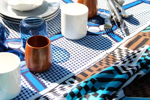 Textilier i vax och blocktryck. Höstnyhet 2012