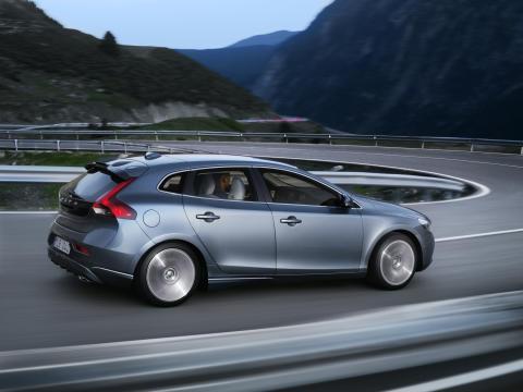 Volvo V40 ligger redan fyra på fem-i-topp