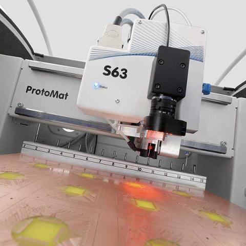 Besök oss på ELEKTRONIK 2011 - Vi kommer att visa den nya mönsterkortsfräsen ProtoMat S63