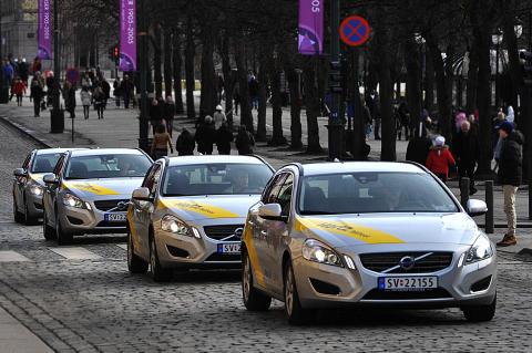Hertz utvider og forbedrer sine bilpooler