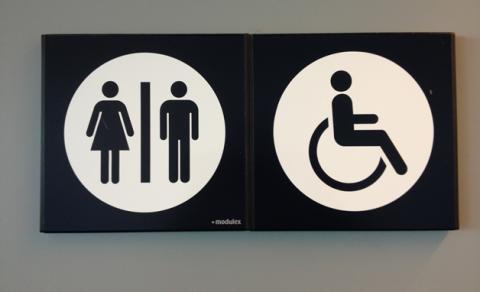 ... nedsättningar lättare kan hitta anpassade toaletter utmed vägarna