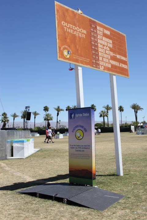 RFID 'Live Click' touch point at Coachella