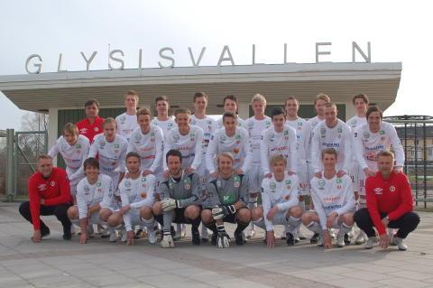 Unika samverkansföreningen Hudiksvalls FF väljer UMBRO