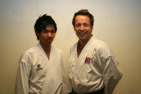 Håkon Fjellstad (20) fra Skedsmo Karate klubb og Steffen Larsen (28) fra Stavanger