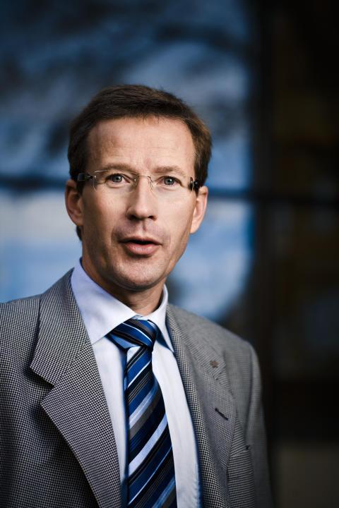 Lars Hultman, professor i tunnfilmsfysik