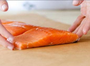 Drop in salmon prices hits AquaChile earnings