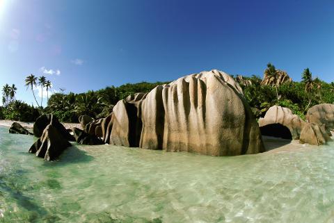 Ving tar sikte mot paradisöarna Seychellerna
