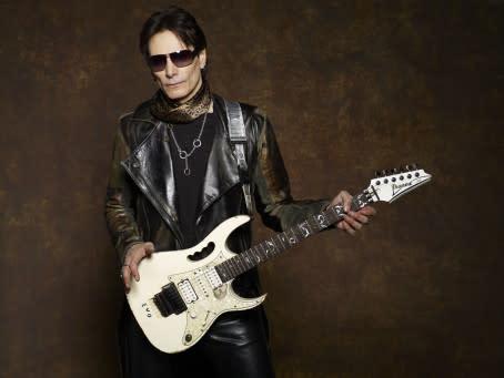 Rockstjärnan Steve Vai inviger årets Uppsala Internationella Gitarrfestival