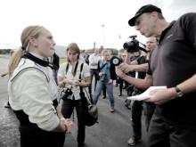 Volvo hjullastare slog världsrekord igen - körde 120 km/tim på Eskilstuna Flygplats!