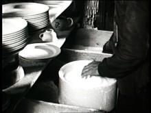 En liten film om bränning i rundugn på Gustavsbergs Porslinsfabrik