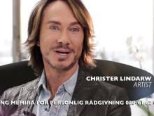 Christer Lindarw uppmanar svenska folket att slänga sina läsglasögon