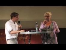 Berit Högman (S) intervjuas av Lars Andersson