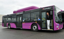 Pressvisning av nya biogasbussar, ny biogasanläggning och ny bussdepå