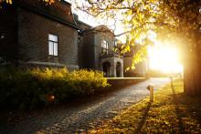 Sveriges yngsta jugendslott Bjertorp Slott fyller 100 år