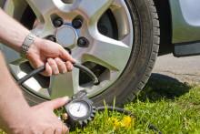 Kunnon renkaat ja oikea rengaspaine varmistavat turvallisen lomamatkan