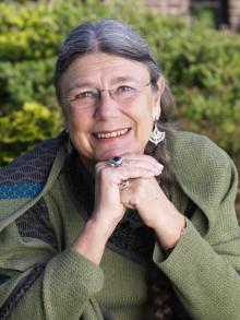 Succéförfattaren Karin Brunk-Holmqvist på Astrid Lindgrens Näs: