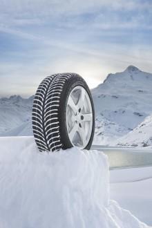 Experter hyllar det nordiska dubbfria vinterdäcket