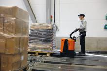 Facelift af markedets stærkeste palletruck - BT Levio P. Nyt design og forbedrede egenskaber maksimerer produktiviteten