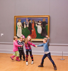 Nasjonalmuseet og Munch-museet inngår et samarbeid med Statkraft om å være en av hovedsponsorene til 150-årsjubileet for Edvard Munch i 2013.