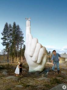 Ett finger i luften för att känna av vartåt vinden blåser