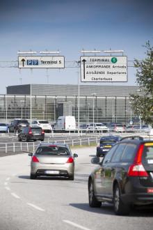 Swedavia övergår till kontantlös betalning vid flygplatsparkering