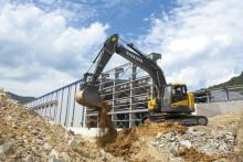 Volvos grävmaskiner i D-serien med liten svängradie – perfekt för trånga utrymmen
