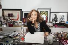 Diane von Furstenberg är första kvinnliga designern för Evians Limited Edition